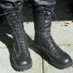 How to Wear Boots Untied