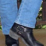 "3 Docs say: ""Nice Boots"""